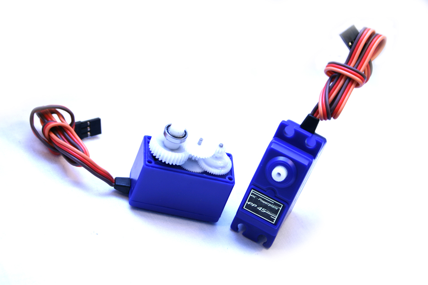RC-Powerplane Servos